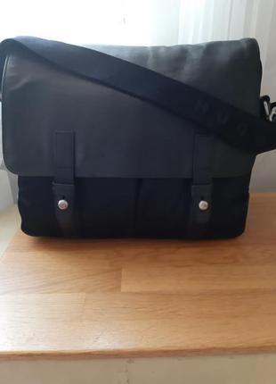 40ad4dcb490a Мужские сумки Hugo Boss 2019 - купить недорого мужские вещи в ...