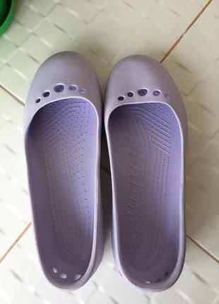 Очень милые и красивые аквашузы балетки crocs оригинал