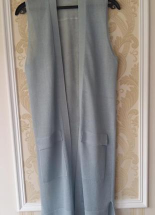 Стильный жилет тонкой вязки от голландского бренда yaya