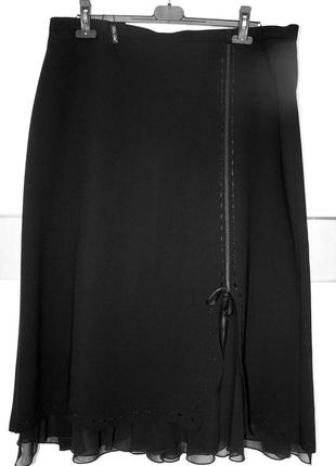 Супер элегантная,нарядная,черная юбка из струящейся ткани.новая.италия.