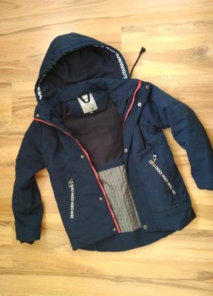 Отличная куртка kerri 10лет