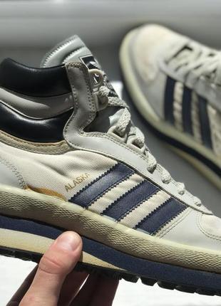 30eb886fa6165b Кроссовки Adidas Vintage, женские 2019 - купить недорого вещи в ...