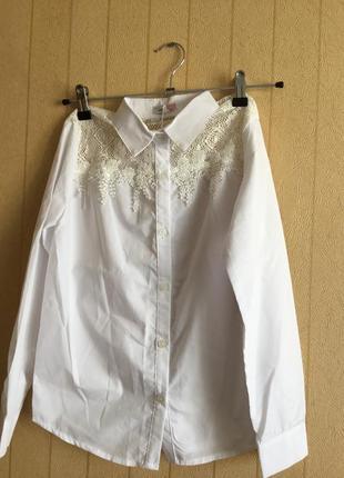 Нарядная блуза для девочек на рост 140