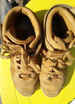 Шикарные спортивные ботинки натуральная кожа8 фото