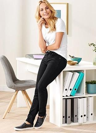 Основа повседневного гардероба - черные джинсы - tchibo, германия