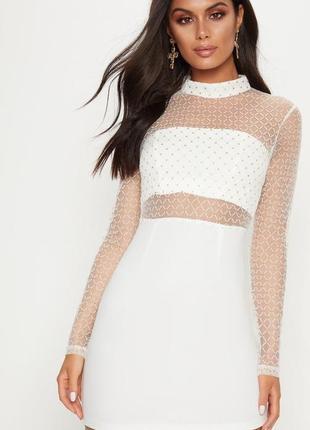 Платье с прозрачным топом и рукавами