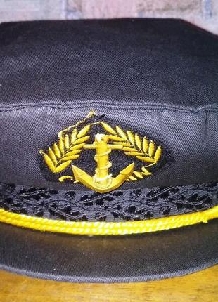 Костюмированная кепка-капитанка