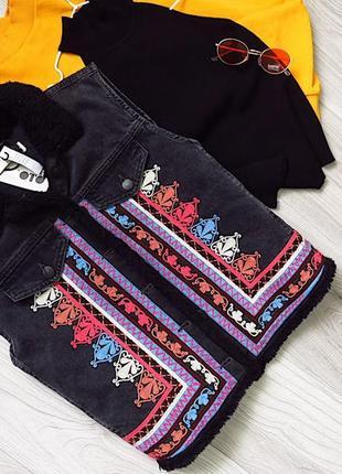 Новая жилетка джинсовая