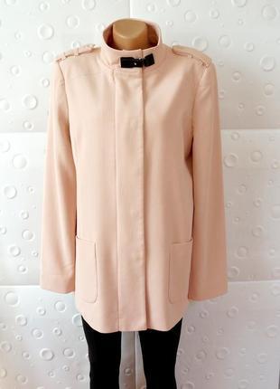 Красивое пальто плащ куртка пудрово-персиковое