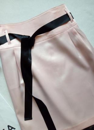 Красивая атласная юбка с лентой и кружевом2 фото