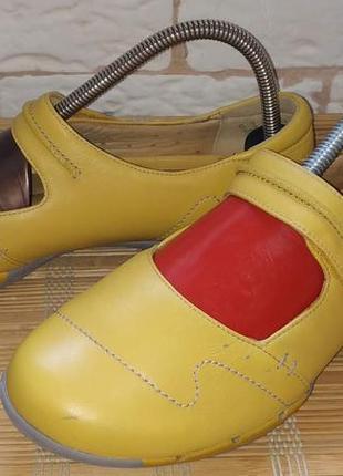 Шкіряні туфельки clarks artisan