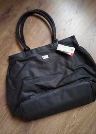 Новая большая вместительная спортивная сумка