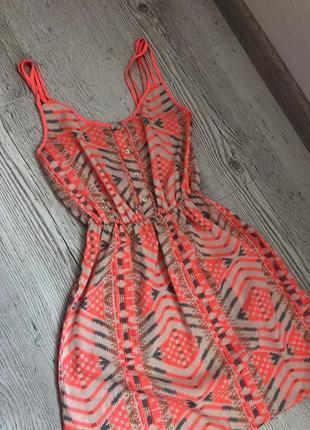 Классное яркое легкое летнее платье сарафан мини