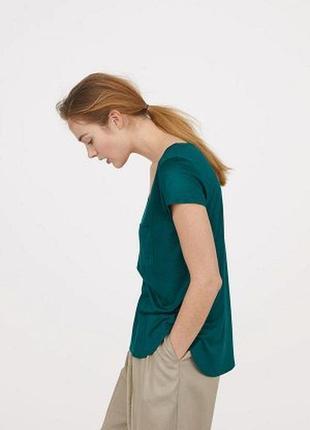 Оригинальная трикотажная футболка от бренда h&m разм. s