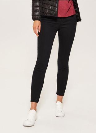 Черные укороченные джинсы скинни низкая талия посадка узкачи американки капри