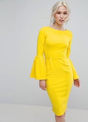 Роскошное платье миди с рукавами воланами club l