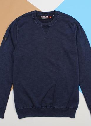 Оригинальный свитерок в классном цвете с garment-dyed эффектом от superdry