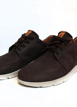 Спортивные туфли ессо. размер 41