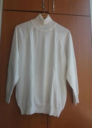 Продам новий жіночий светр великого розміру білого кольору