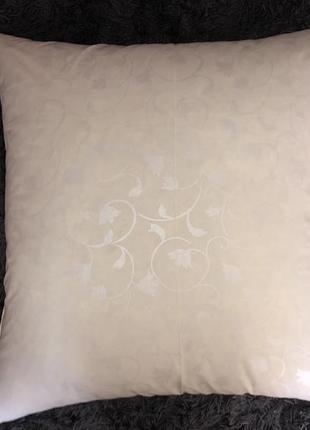 Новая подушка пух /перо 70*70