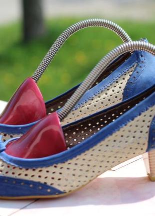 Яркие летние туфли 38-39
