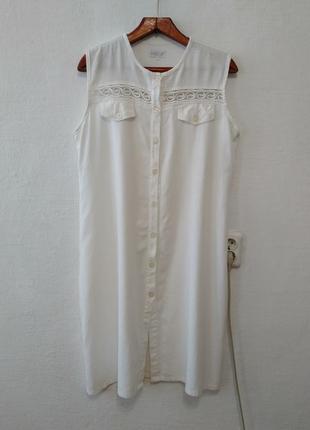 Льняное белое платье большого размера