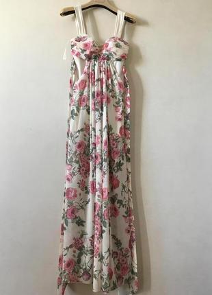Очень красивое и нежное вечернее платье s2 фото