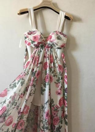Очень красивое и нежное вечернее платье s