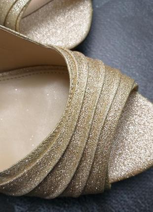 Nina оригинал золотистые туфли на шпильке бренд из сша5 фото