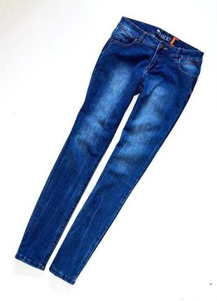 Классные джинсы с подтягивающим эффектом2 фото