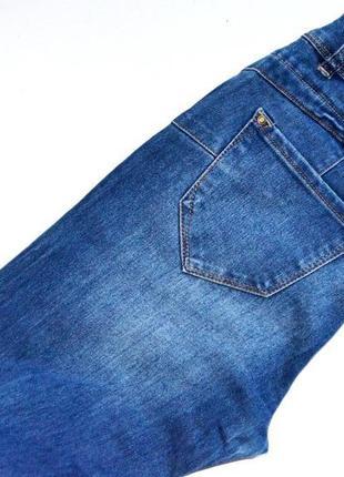 Классные джинсы с подтягивающим эффектом5 фото