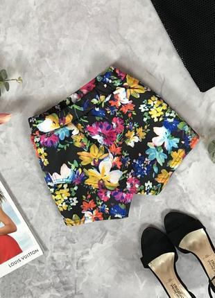 Цветочные шорты с имитацией юбки  pn1917109 boohoo
