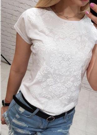 Самая популярная модель футболки  з объемным рисунком