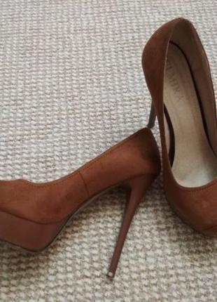 Продам туфли, замш, каблук 13 см, 39 р.