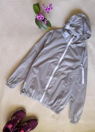 Полупрозрачная серебристая куртка дождевик супер тонкая ветровка виндстопер