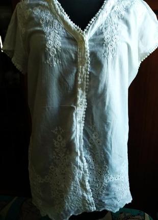 Белоснежная батистовая блуза