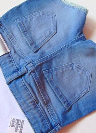 H&m. размер 2-3 года. новый летний комплект для девочки: футболка + джинсовые шорты9 фото