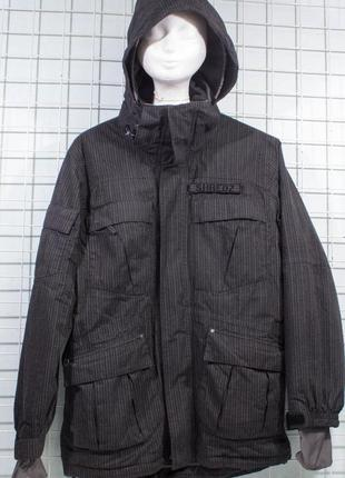 Куртка мужская для сноуборда shredz bordwear s-m состояние есть потертости на вороте