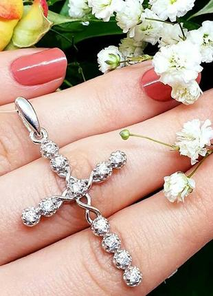 Крестик с камнями  серебро .цирконий