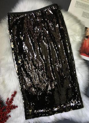 Стрейчевая юбка с пайетками