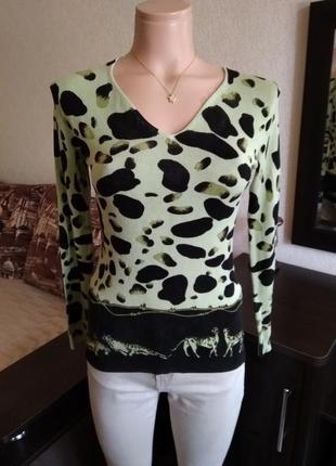 Срочная распродажа!!! свитерок с анималистичным принтом