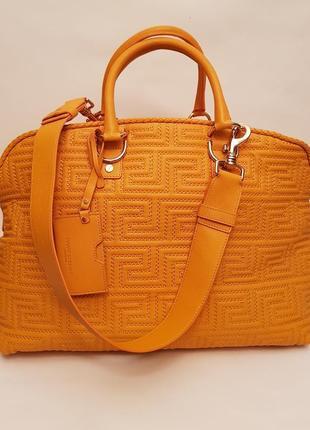 6854d52a503e Женские кожаные сумки Versace 2019 - купить недорого вещи в интернет ...