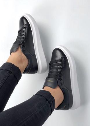 Прекрасные кроссовки mcqueen в черном цвете из кожи (весна-лето-осень)😍