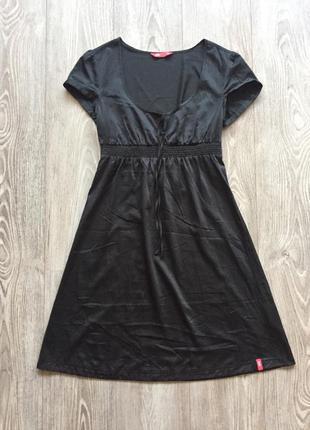 Чёрное атласное платье с завышенной талией, 36, ампир, для беременных