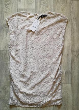 Новое кремовое  кружевное платье