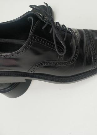 Крутые стильные туфли gucci