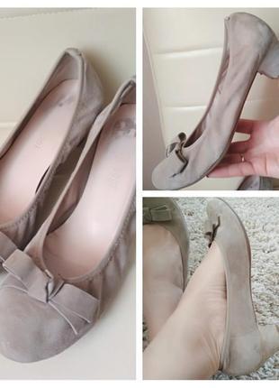 Актуальные комфортные туфли , натуральная замша, италия,р. 40