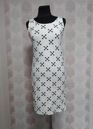 Супер платье в крестах divided