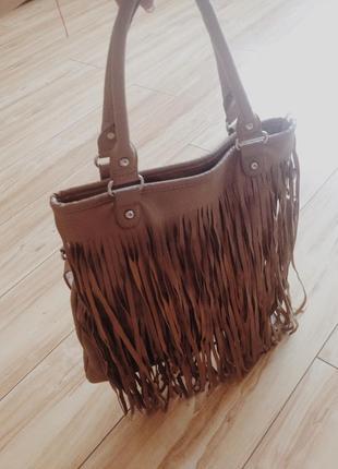 Модная сумка с рюшками
