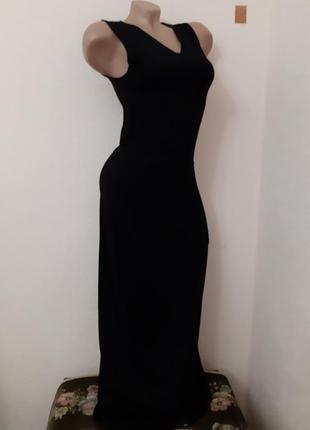 Длинное черное трикотажное платье размер s